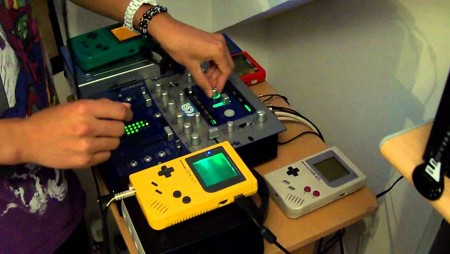 I dj che suonano col Game Boy | Mito Tech Spirit