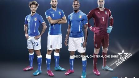 Mondiali 2014: Albertino celebra la maglia