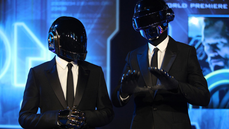 Finalmente i Daft Punk danno al mondo ciò che il mondo voleva
