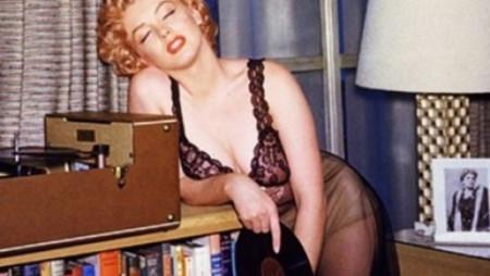 Da James Dean a Marilyn Monroe: gente famosissima con i vinili