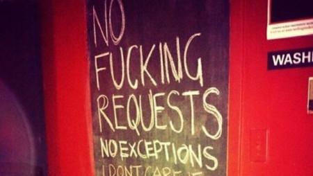 Quello che i DJ non dicono (ma dovrebbero dire) a chi li disturba mentre suonano