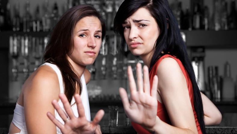 Rimorchiare ragazze in discoteca: i segnali che lo stai facendo male