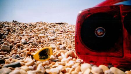 Tormentoni estivi: 25 canzoni che odorano di sole e di mare