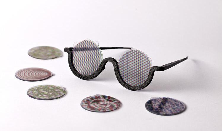 Non drogatevi! Al massimo usate questi occhiali.