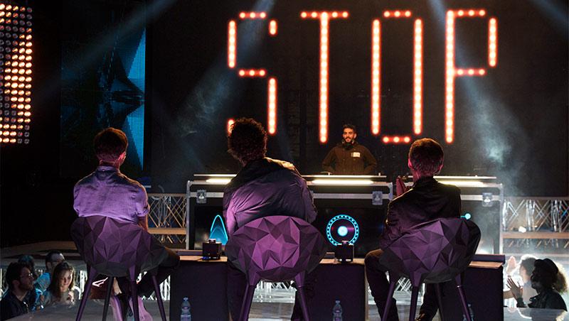 Ascolta il sound di tutte le puntate di TOP DJ su Spotify  E stasera
