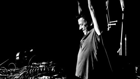 """Intervista a Benny Benassi: """"un TOP DJ deve essere cool"""""""