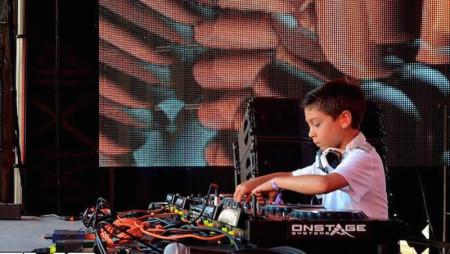 Prodigi: un Dj di 9 anni al Sunset Music Festival di Tampa