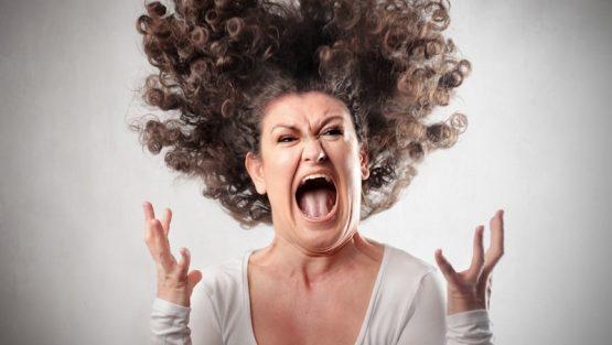 L'EDM spiegato alle mamme: reazioni inaspettate dei genitori